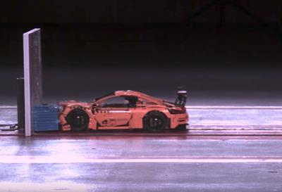 Видео: в Германии провели краш-тест Porsche 911 из конструктора