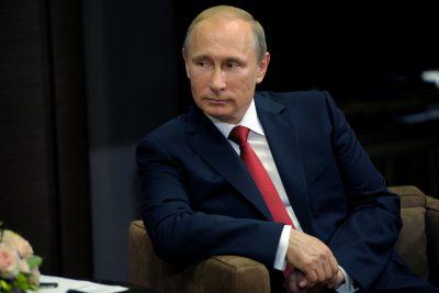 Путин протестировал российский лимузин для высших чиновников государства