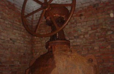 28 июля в двух районах Кемерова на 36 часов отключат холодную воду