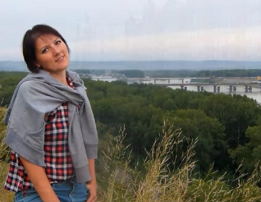 девушки новокузнецка фото старался держатся