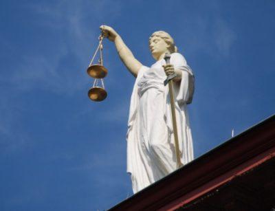 Кемеровский суд приостановил работу закусочной в центре города