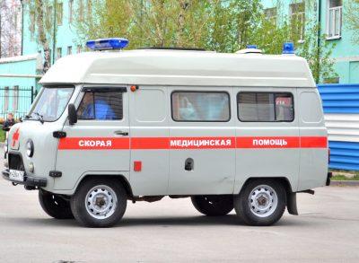 В Кемерове скорая столкнулась с иномаркой, есть пострадавшая