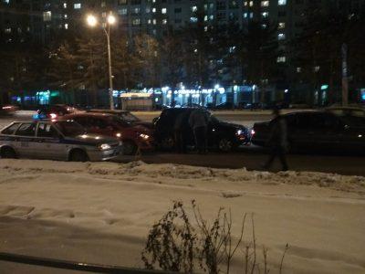 В Рудничном районе Кемерова произошло массовое ДТП