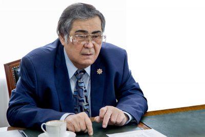 Аман Тулеев выразил соболезнования семье Владимира Шаинского