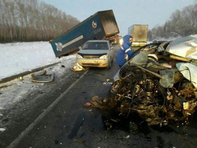 Автомобилист погиб при страшном ДТП на трассе «Кемерово – Новосибирск»