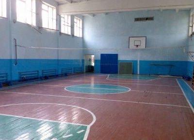 Роспотребнадзор на 90 суток закрыл спортзал в школе в Топкинском районе