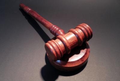 Кемеровчанку будут судить за истязание шестилетнего сына
