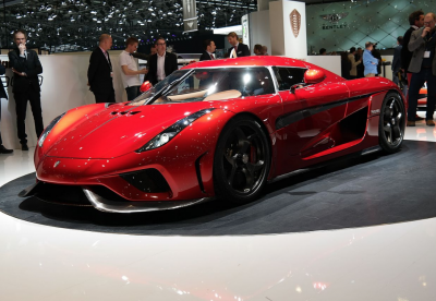 Краш-тест суперкара Regera за 2,1 млн евро сняли на видео
