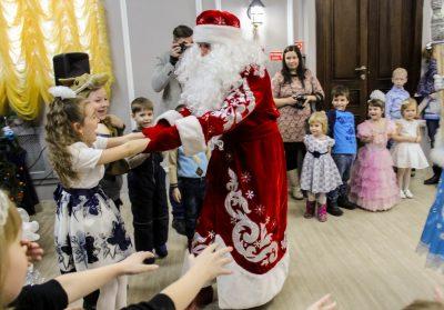 Кемеровчан приглашают на «Новый год с театром кукол»