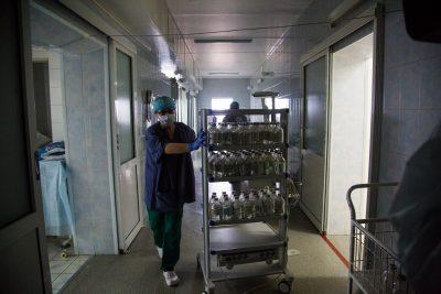 «Все стабильны»: главврач больницы Кемерова о состоянии пострадавших при пожаре в «Зимней вишне»
