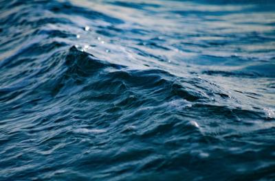 В кузбасском озере утонул рыбак