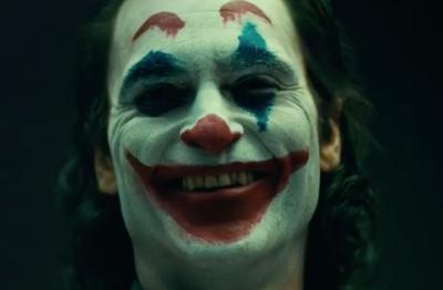 Первые кадры с Хоакином Фениксом в роли Джокера появились в Сети
