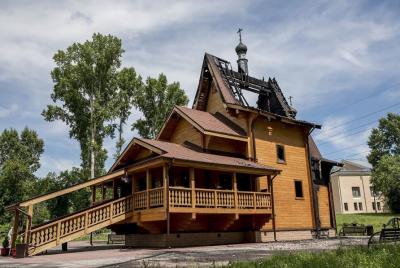 В Кемерове горевший храм на Шахтёров начали восстанавливать