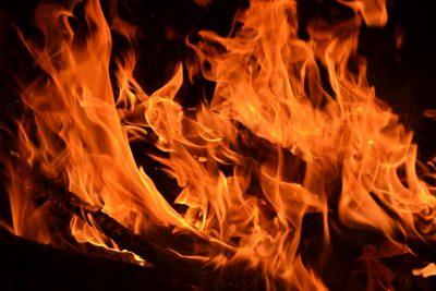 За сутки в Кузбассе сгорели два автомобиля