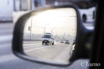 Видео: в Новокузнецке Toyota несколько метров тащила сбитую девушку