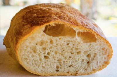 Кемеровская фирма делала торты и хлеб рядом с рыжими тараканами