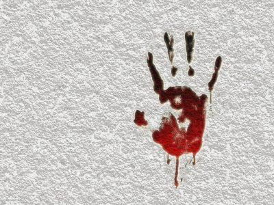 В убийстве кузбасской школьницы подозревают её мать