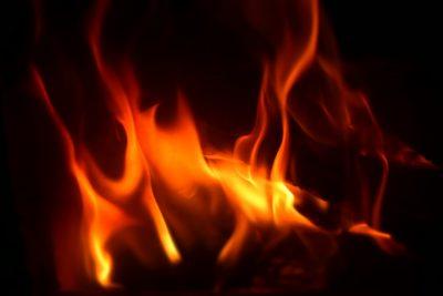 В Кемерове полыхала теплотрасса