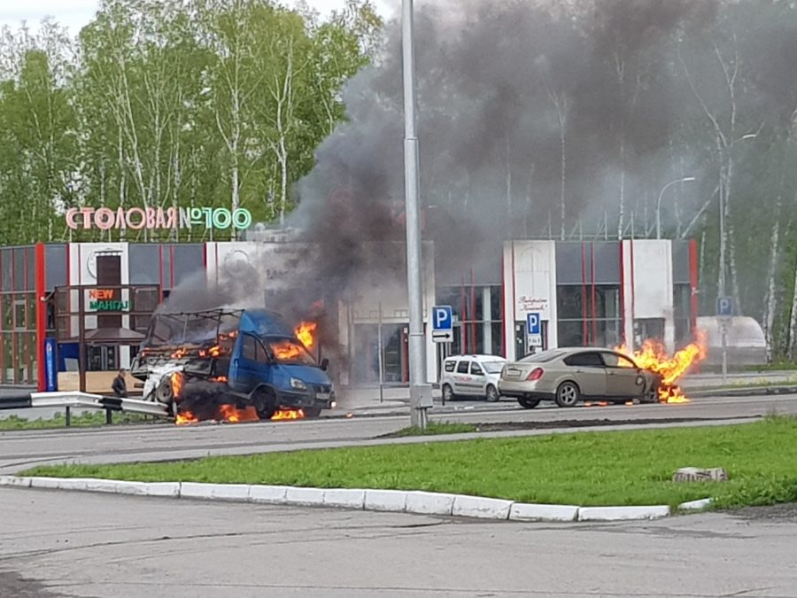 Фото, видео: в Кемерове после ДТП полыхали машины