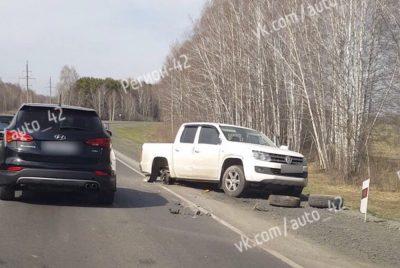 Фото, видео: в Кемерове серьёзная авария с участием такси