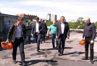 Фото: зачем мэр Кемерова прогулялся по закрытой «Лапландии»