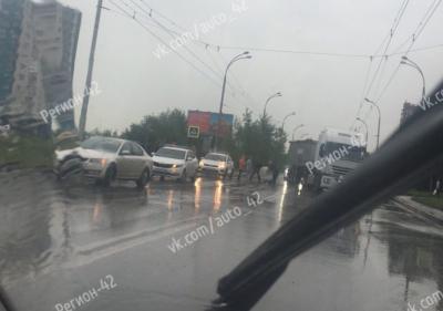 Получил переломы: подробности серьёзного ДТП с пешеходом в Кемерове