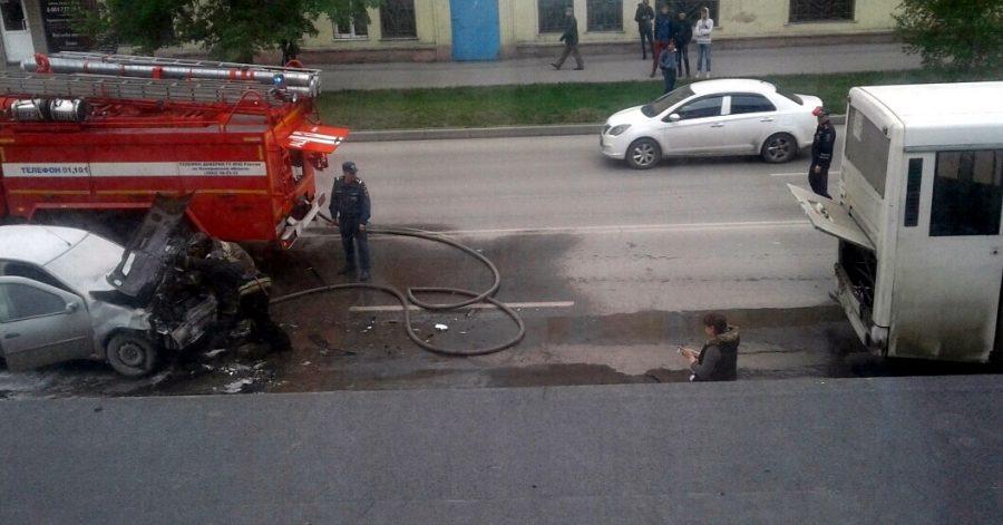 В Кузбассе автобус с 15 пассажирами попал в ДТП