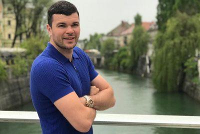 Видео: по непонятной причине «Аэрофлот» не пустил кузбасского спортсмена в самолёт