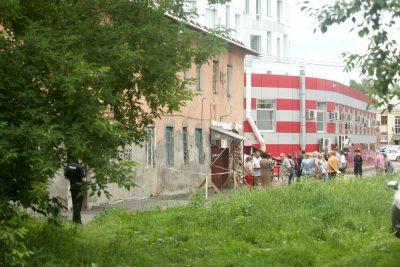 Фото: в центре Кемерова обрушилась стена жилого дома
