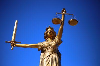 Новокузнечанина признали виновным в неуважении к власти