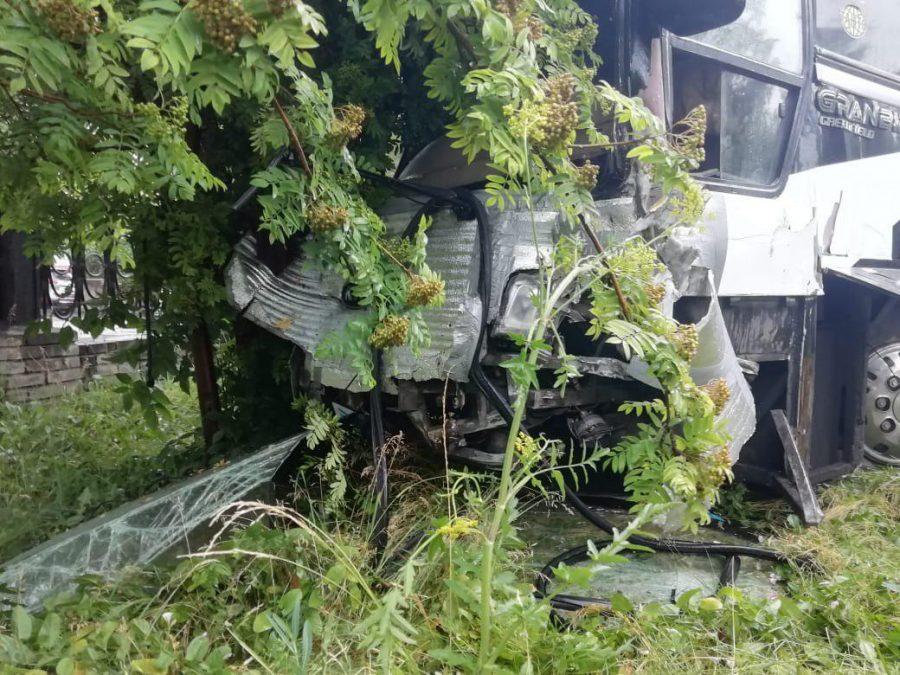 Автобус Vs забор: сколько человек пострадали в серьёзном ДТП в Кузбассе?