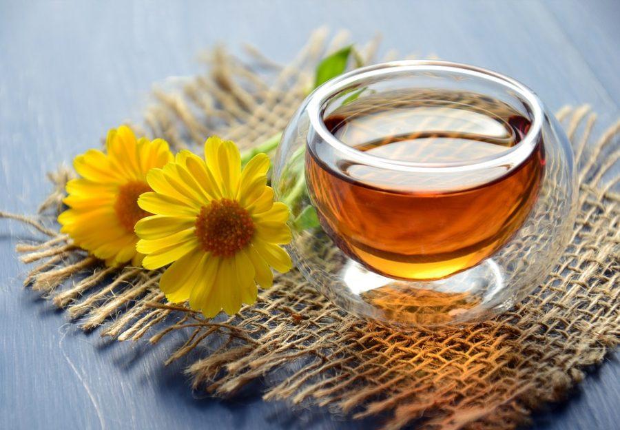 пить чай с мужчиной