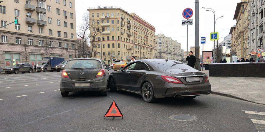 Кемеровчанин заработал больше пяти миллионах на автоподставах