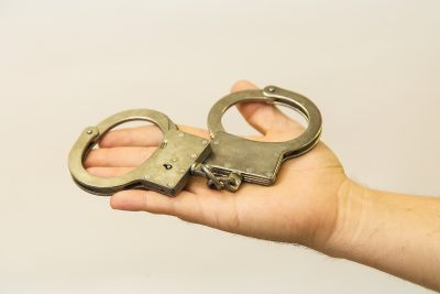 Жительница Кузбасса купила два автомобиля и попала под суд