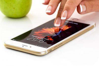 Кемеровчанка купила в «Билайне» сломанный старый iPhone под видом нового