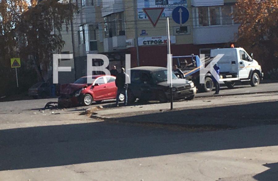 Фото: в серьёзном ДТП пострадал кузбассовец