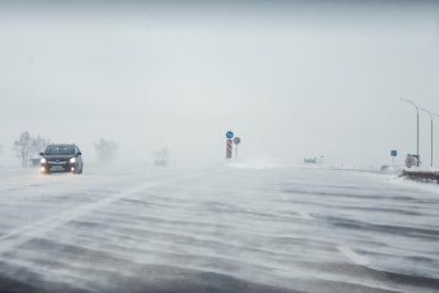 Семья с грудным ребёнком чуть не замёрзла на кузбасской трассе