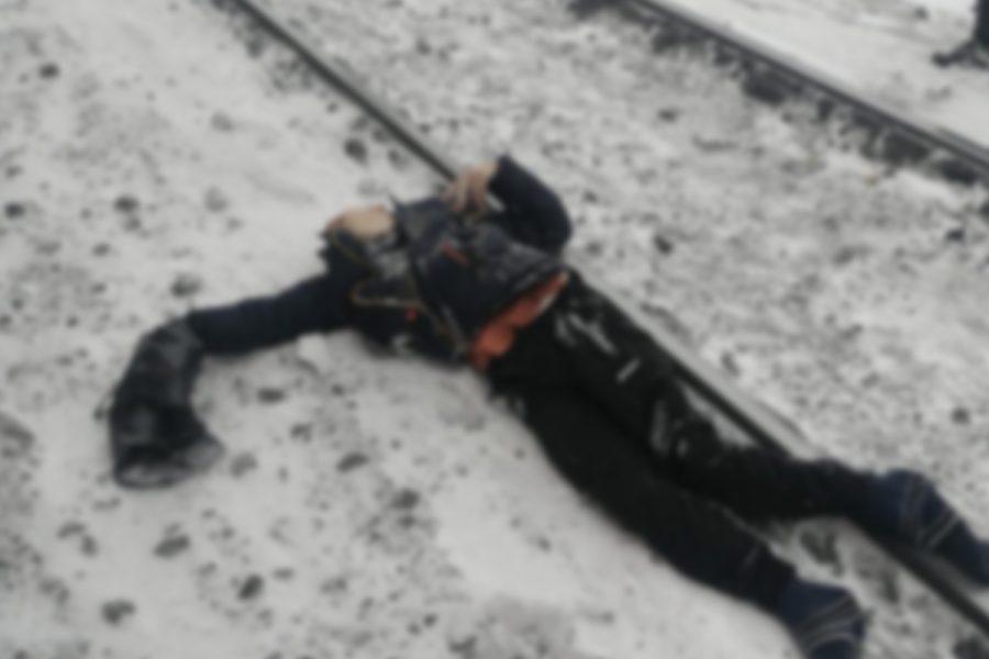 В Кузбассе подросток попал под поезд