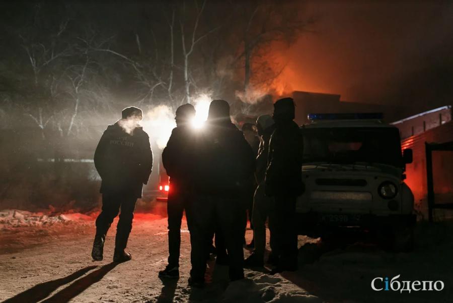Кузбассовец погиб во время пожара в частном доме