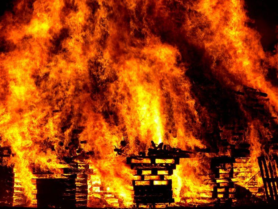 При пожаре в Анжеро-Судженске погиб мужчина