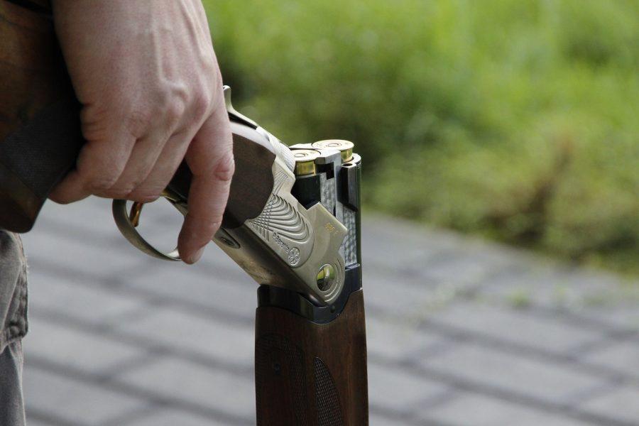 Ночью в Кемерове мужчина устроил беспорядочную стрельбу