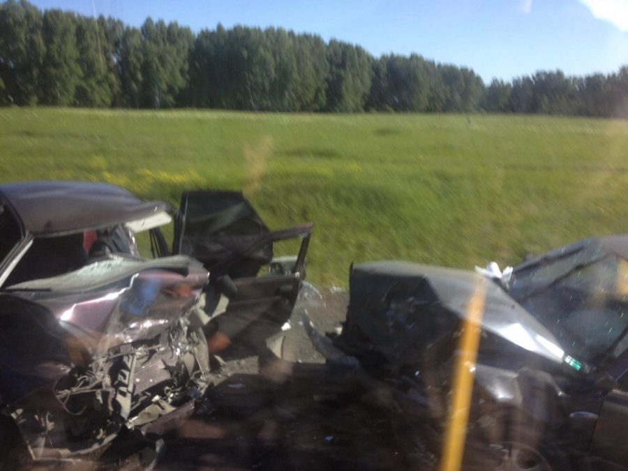 Видео: в жутком ДТП на кузбасской трассе пострадали семь человек
